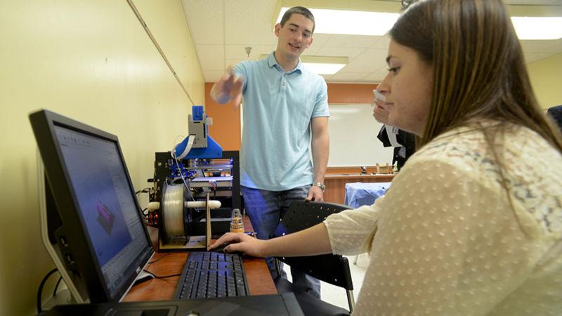 Joseph Sinclair talks about 3-D printing