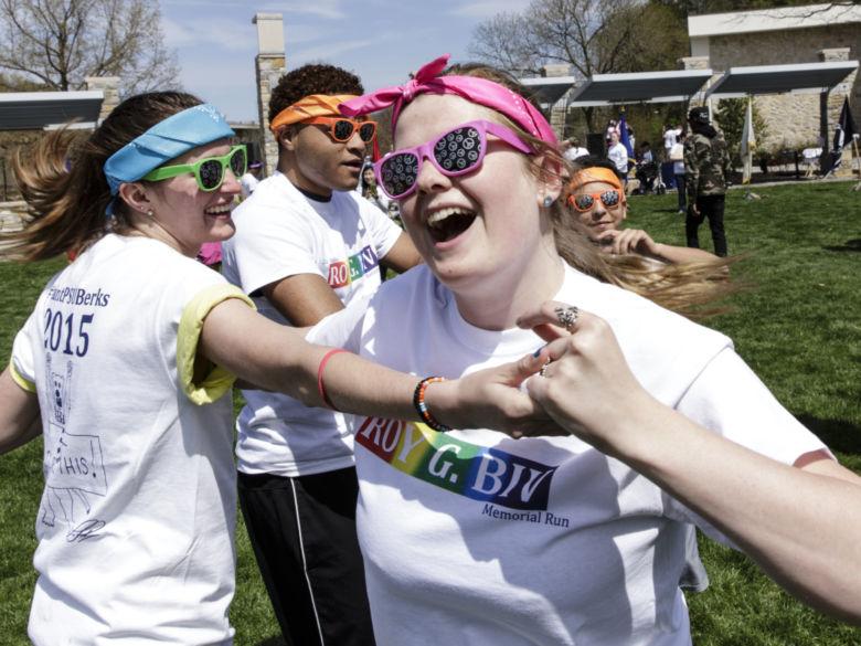 Students having fun before the ROYGBIV Memorial Run