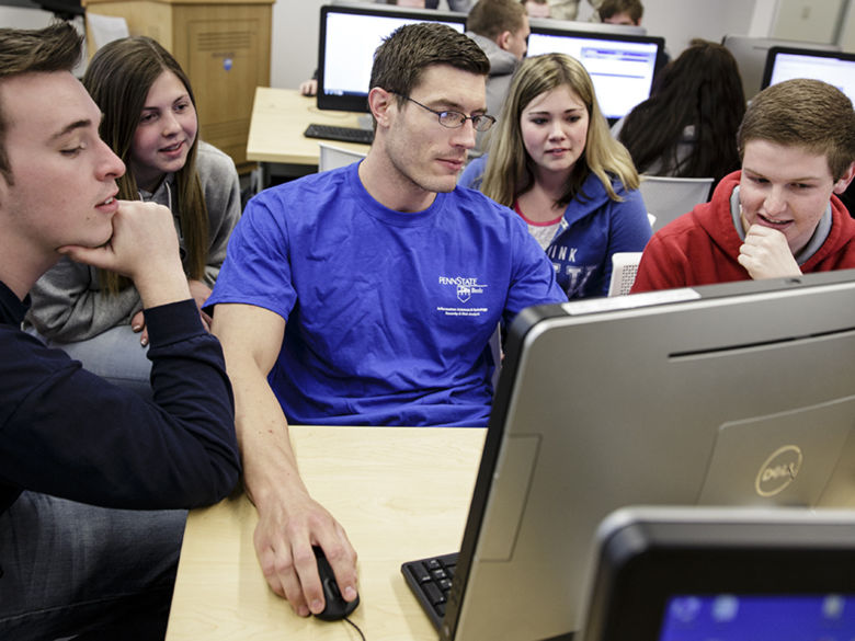 Group of students working in a computer lab
